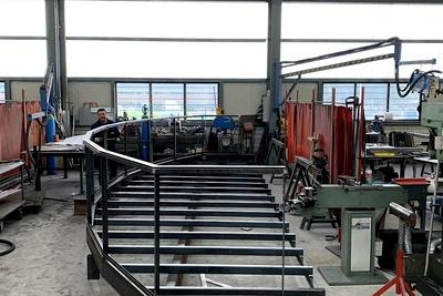 Fabrication d''une ossature balcon er garde-corps vitrés