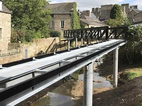 ARCOM : nouvelle passerelle sur le Trieux à Guingamp img0828