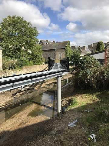 ARCOM : nouvelle passerelle sur le Trieux à Guingamp img0831