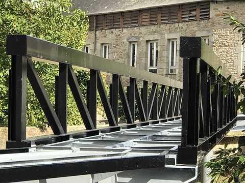 ARCOM : nouvelle passerelle sur le Trieux à Guingamp img0836