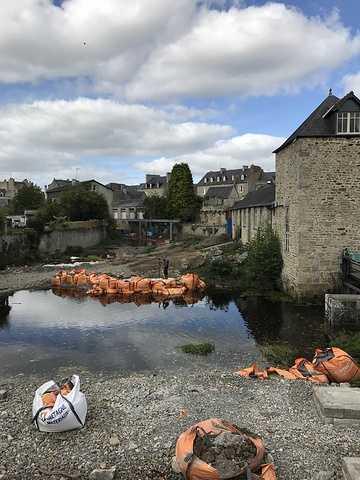 ARCOM : nouvelle passerelle sur le Trieux à Guingamp img0845