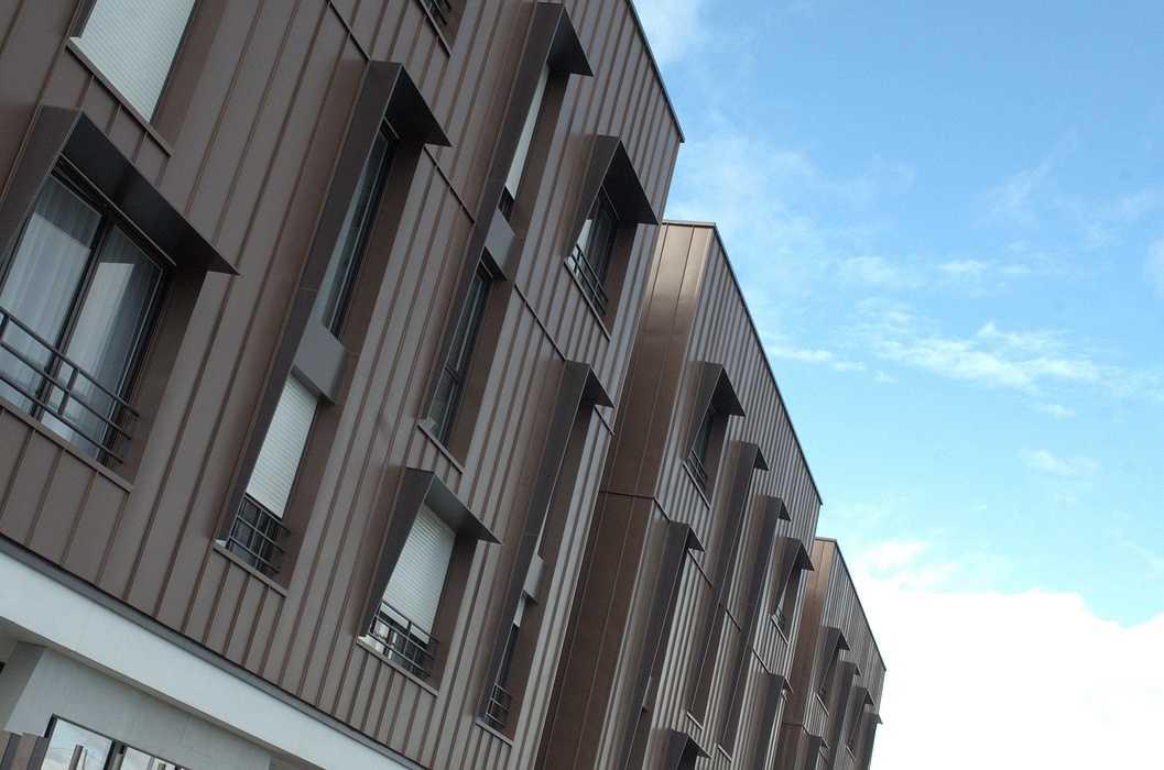 Garde-corps, brise-soleil, caillebotis, clôtures : thermolaquage gris brun dsc0469