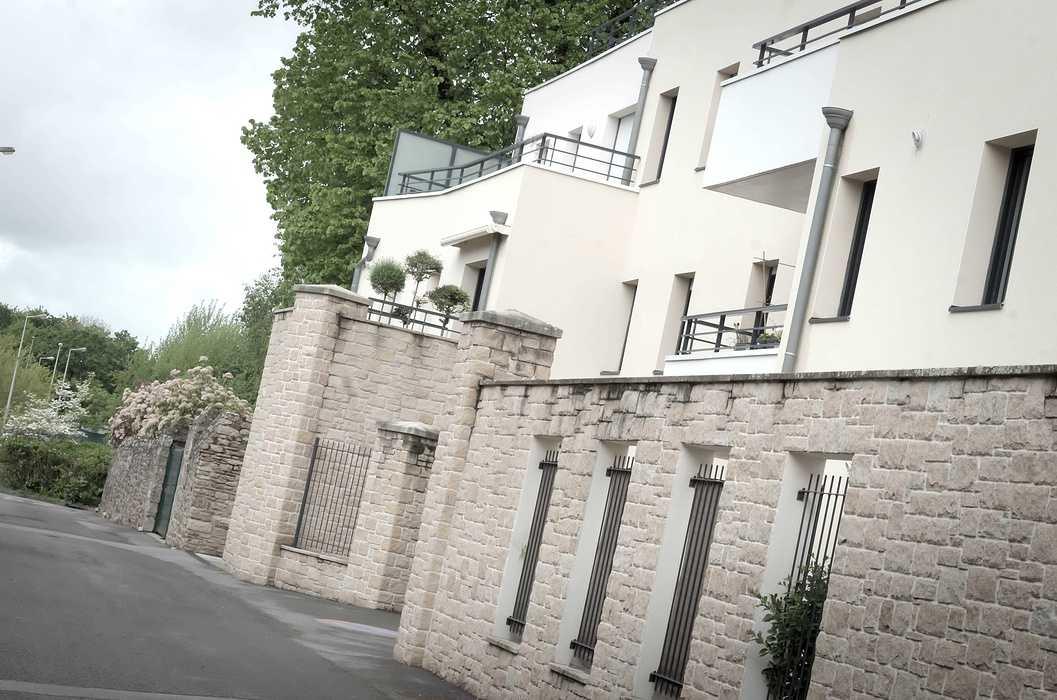 Garde-corps balcons, pare-vue, portail et grilles de clôture acier dsc4219