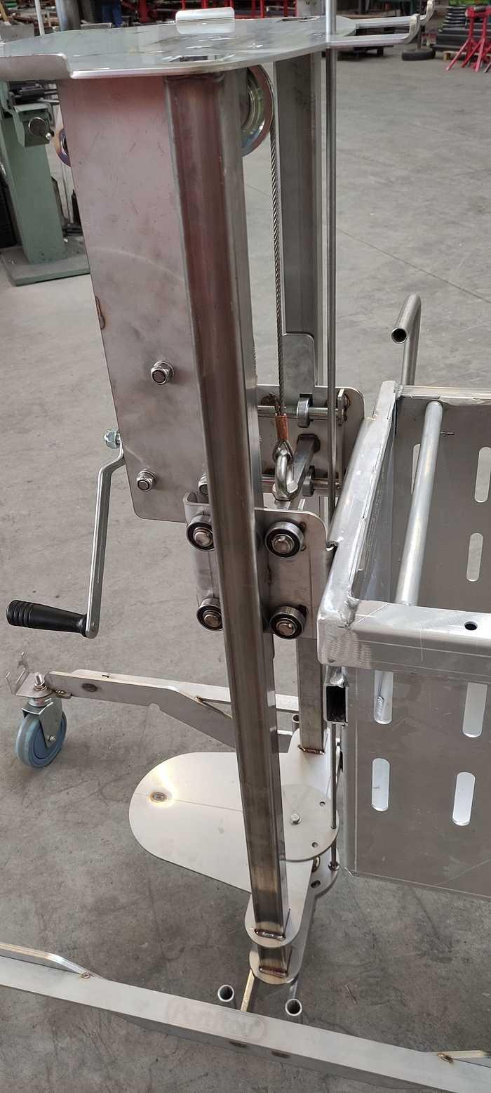 Chariot alu pour élevage porcin 1612379981681