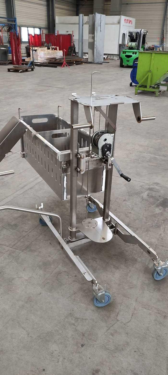 Chariot alu pour élevage porcin 0