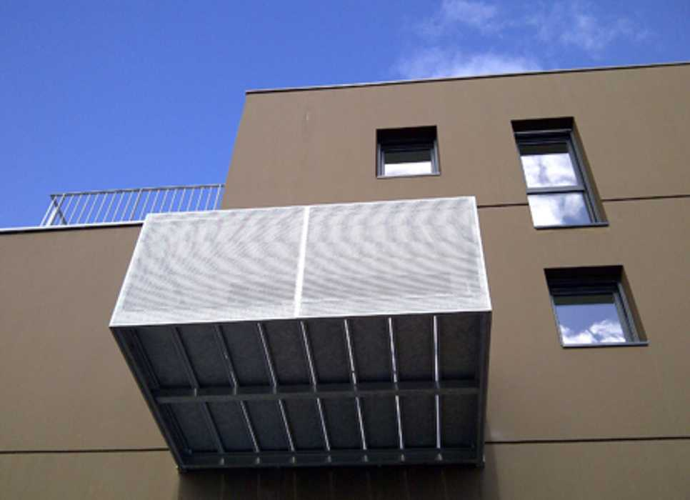 Garde-corps métal pour les balcons : Kastell - Plescop 0