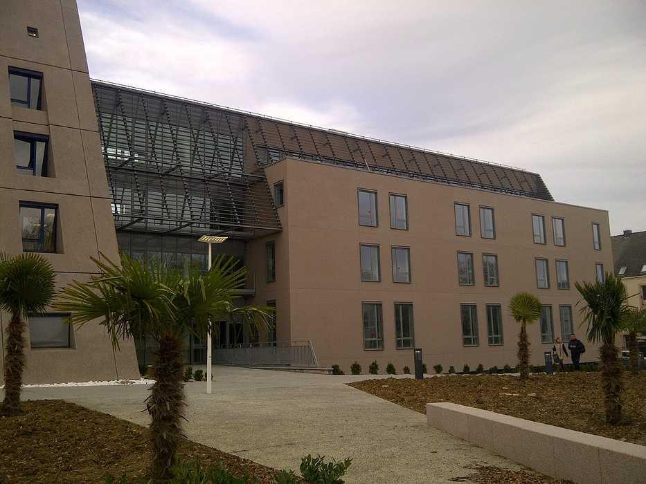 Brise soleil clinique de la Sagesse - Rennes 0